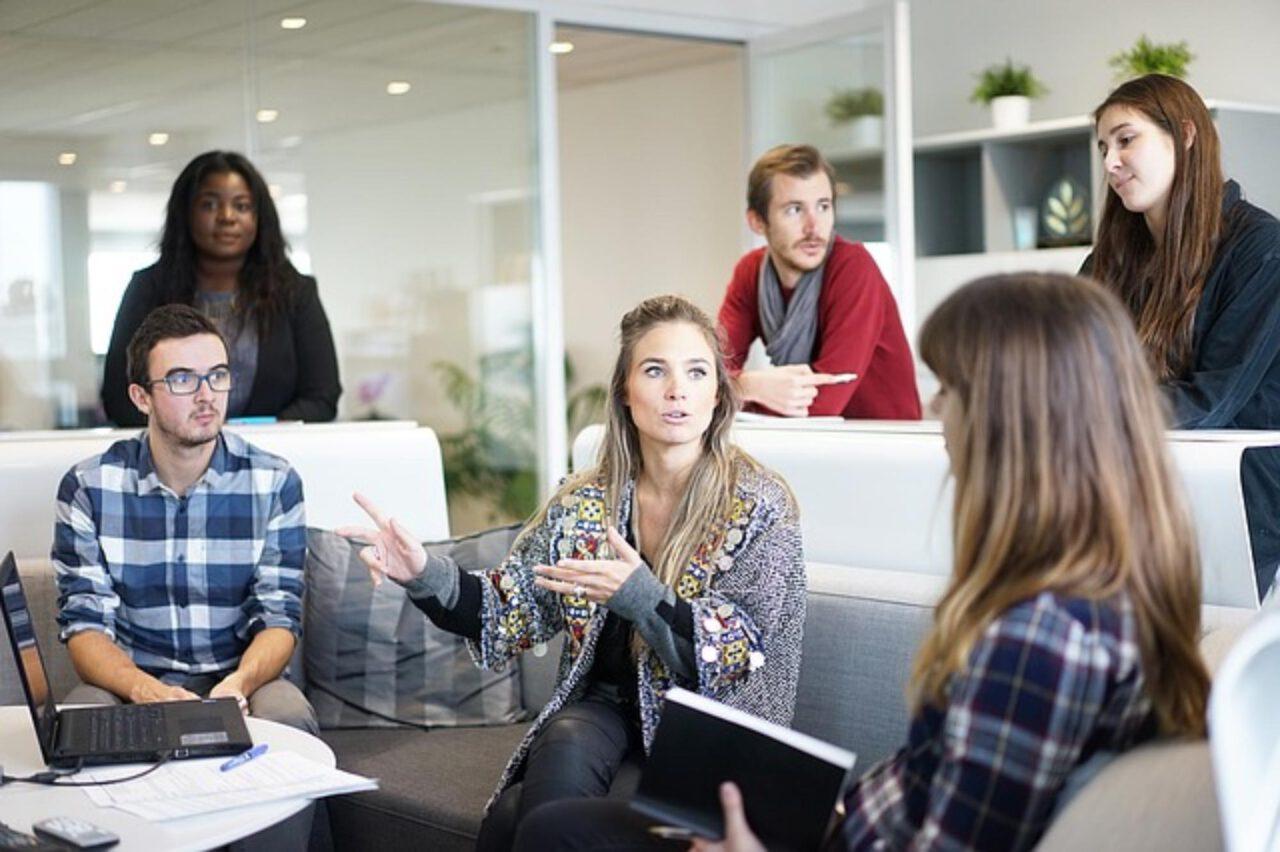 W jakim kraju są najlepsze zarobki – lepsza praca w Holandii czy w Niemczech?
